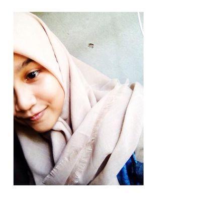 Adlin Nadila F | Social Profile