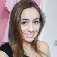 Beatriz Corretora | Social Profile