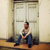 Happy Hanantoputro | Social Profile
