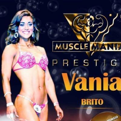 Vania Brito | Social Profile
