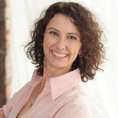 Julia Di Paolo | Social Profile
