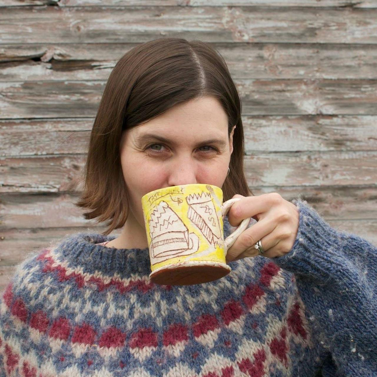 Laura @Cubits Social Profile