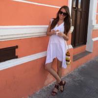 Victoria Lewis | Social Profile