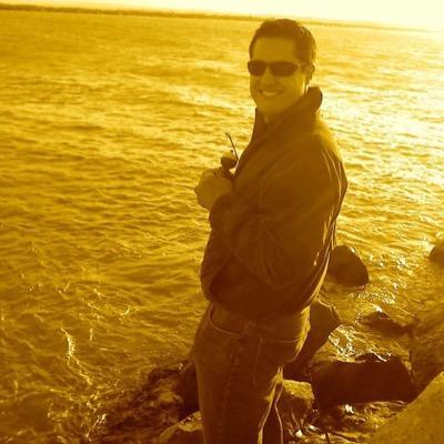 Daniel Aguirre B   Social Profile