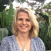 JuliaForsyth | Social Profile