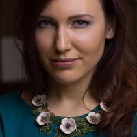 Katerina Perez | Social Profile