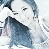 Cora Mau | Social Profile