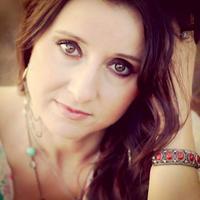 Mindy Ellis Campbell | Social Profile