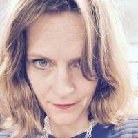 Susie Mesure | Social Profile