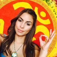 Jocelyn Cruz | Social Profile