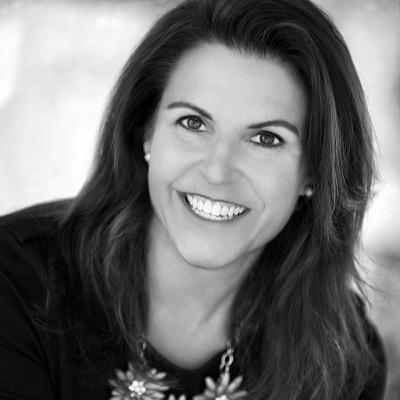 Sarah D. Jennings | Social Profile