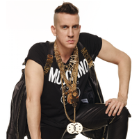 JEREMY SCOTT | Social Profile