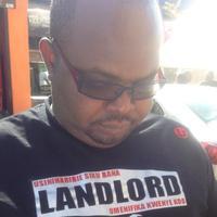 VERIFIED LANDLORD   Social Profile