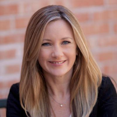Amelia Huggins | Social Profile