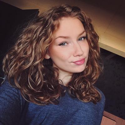 Eline Maes Social Profile
