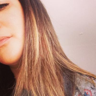 Laura_benjamin | Social Profile