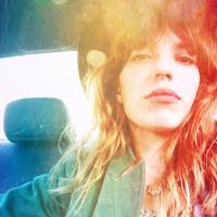 Mlle lou Doillon | Social Profile