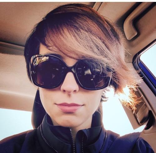 Leanna Lofte Social Profile