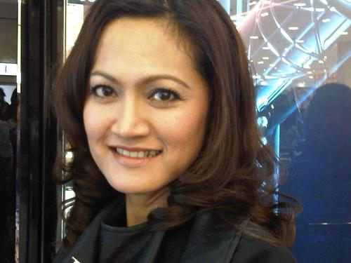 Rozina Aziz Social Profile