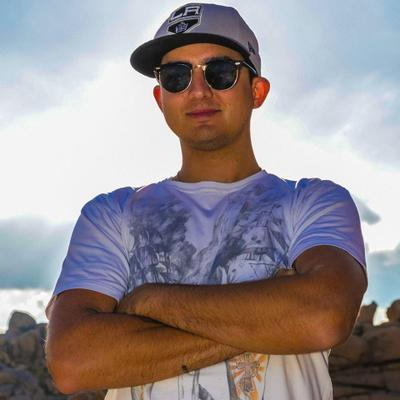 Chris Nary | Social Profile