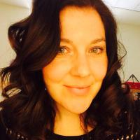 Julie Fossitt | Social Profile
