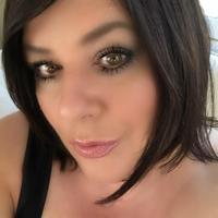 Nicole Pigeault | Social Profile
