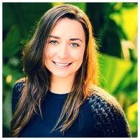 Ariana Kukors | Social Profile
