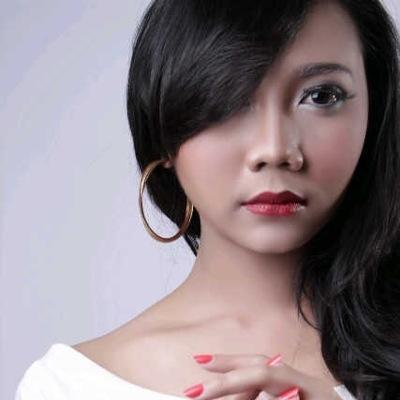 Olivia Nungki | Social Profile