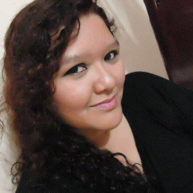 Clarissa Mota | Social Profile