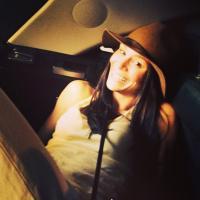 Laura Kinsman | Social Profile
