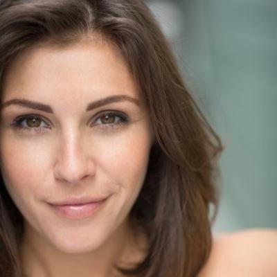 Lili Mirojnick | Social Profile