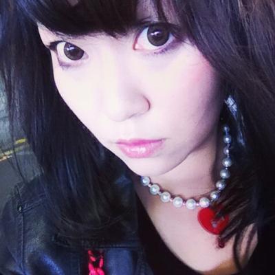 華汚 necoco | Social Profile