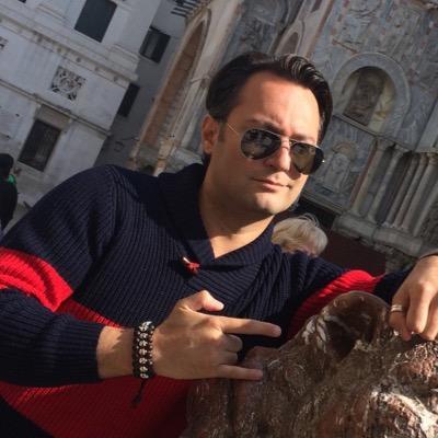 Andreas Khoshnou | Social Profile