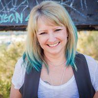 Sheila Dee | Social Profile