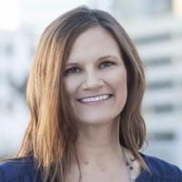 Lynne Warholic | Social Profile