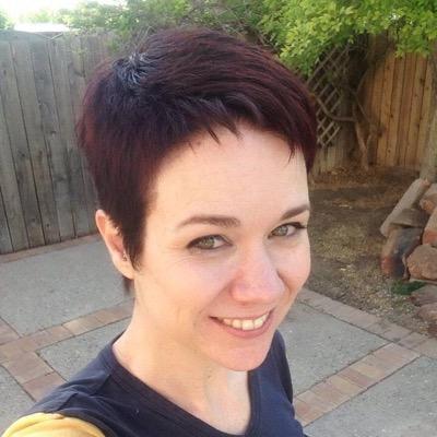 Lauren MacEwen   Social Profile