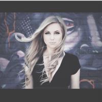 Alexandra | Social Profile