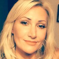 suzanne emery | Social Profile