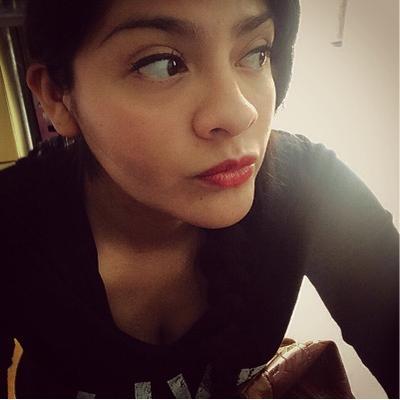 Valeria Farias | Social Profile