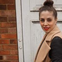 Fashion Stylist | Social Profile
