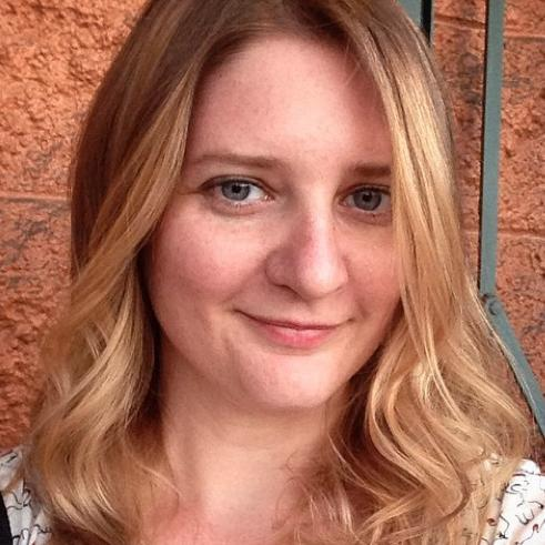 Sarah Oleksyk Social Profile