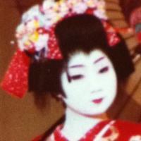 美香 | Social Profile