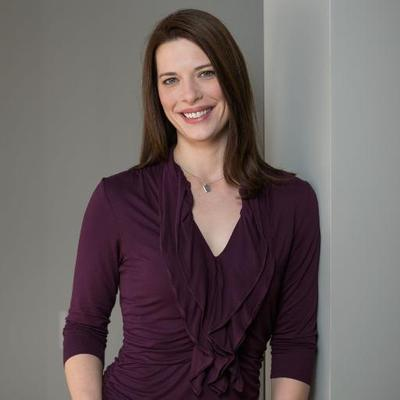 Dayna Laur   Social Profile