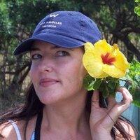 Laura McMurchie | Social Profile