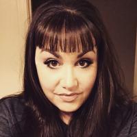 Liz Ferra | Social Profile