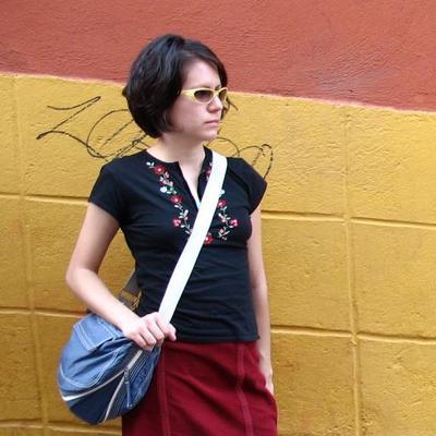 Alexandra M Landeros | Social Profile
