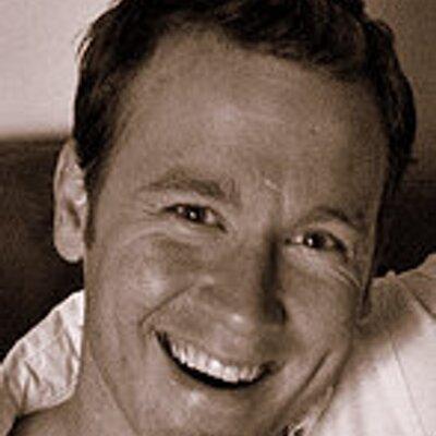 Dean Williams | Social Profile