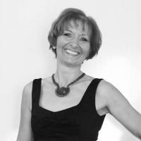 Dame La-di-dah | Social Profile