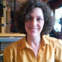 erin maloney | Social Profile