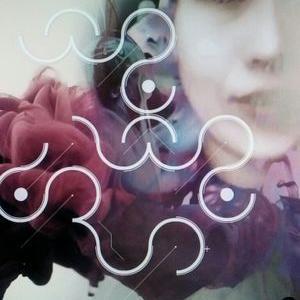 입속의 검은 잎 | Social Profile